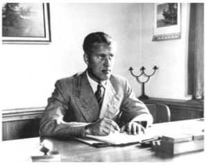 007 1936apr Wernher v Braun en Peenemuende 66pr
