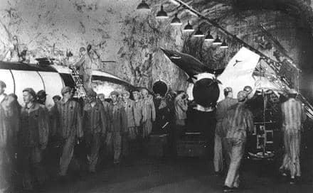 013 1945 Dora Mittelbau A4 prod cohetes c obreros forzados