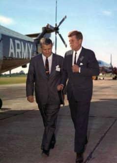 035 1963 Wernher v Braun c John F Kennedy aeropuerto 73pr 1