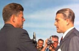 036 John F Kennedy c Wernher v Braun cara a cara 19 mayo 1963 55pr 1