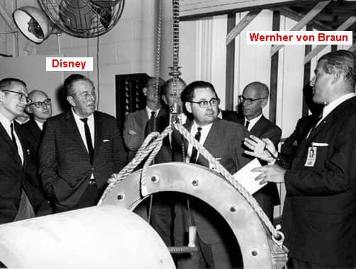 039 Walt Disney en NASA c Wernher v Braun1965