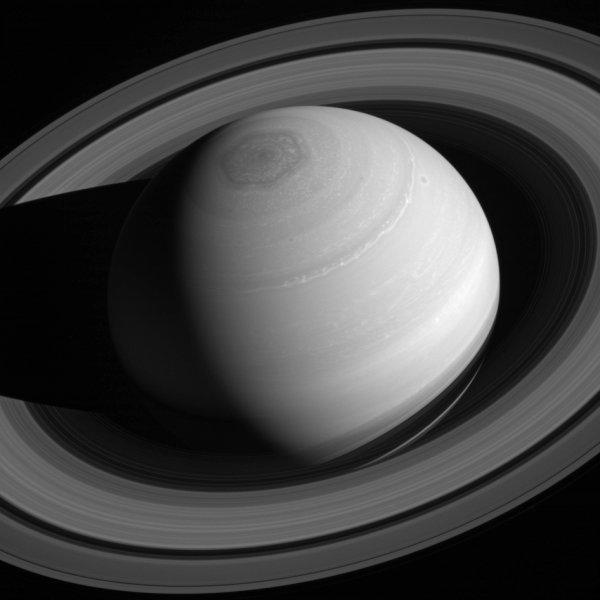 Hexágono en Saturno